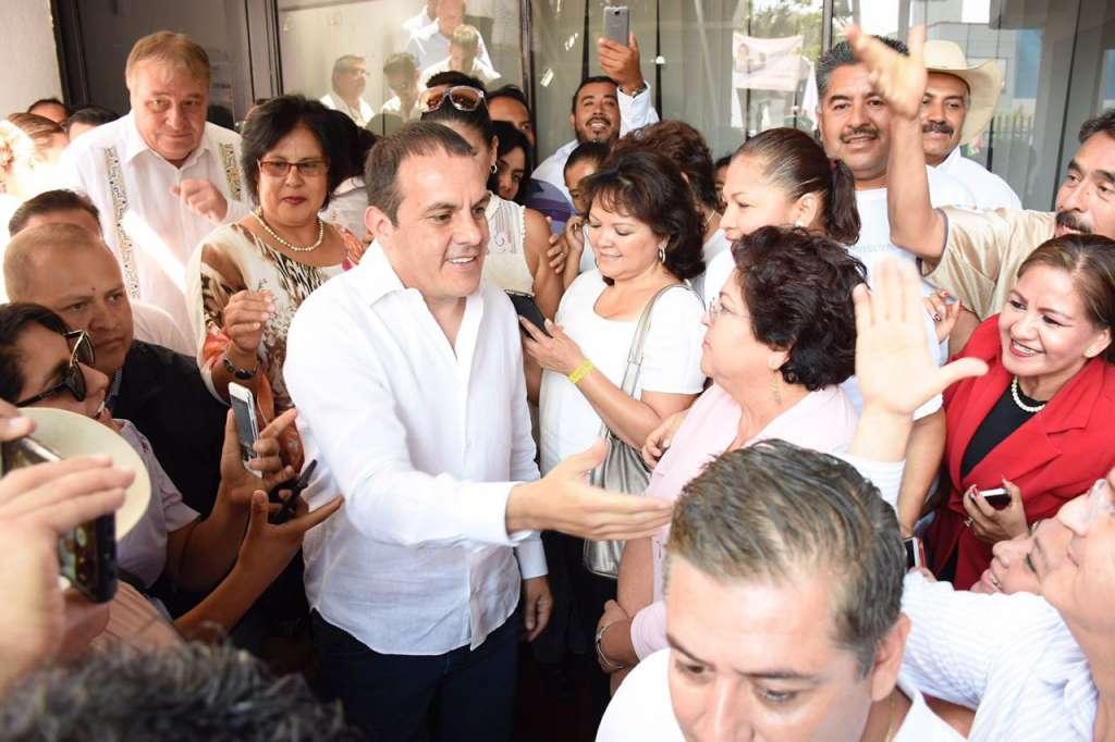 Pese a proceso de sanción, 'Cuau' registra candidatura en Morelos