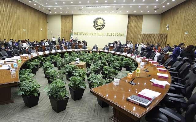 INE aprueba 42.9 mdp para campañas de independientes