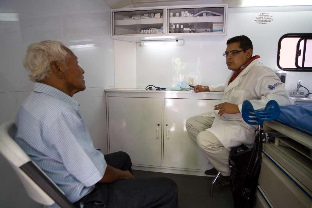 José Narro instala Red Coahuilense de Municipios por la Salud