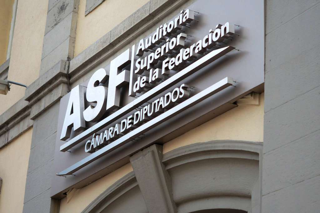 """ASF: pagaron a """"aviadores"""" $810 millones"""