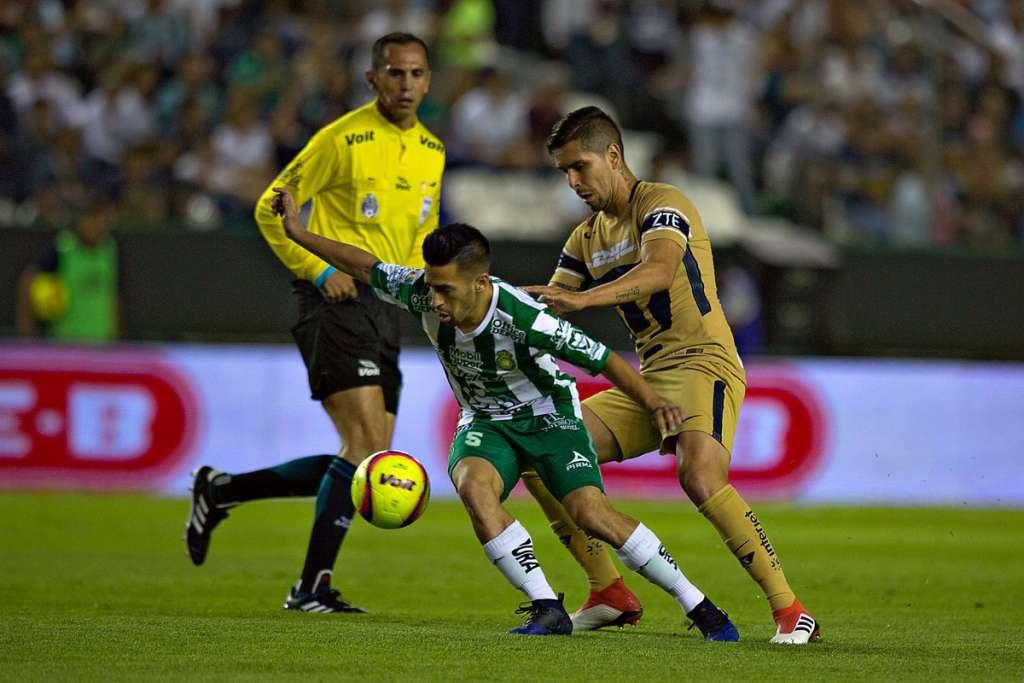 """León se puso """"fiera"""" y golea a Pumas 3-0"""