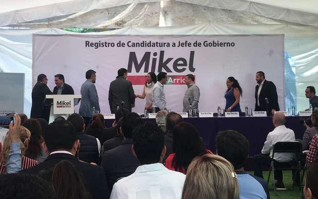 """Mikel Arriola: Los gobiernos de izquierda, """"turbios y de mala calidad"""""""