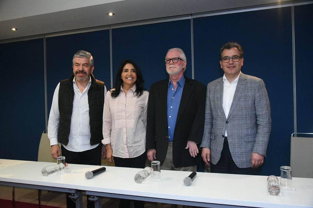 Ricardo Pascoe se integra a campaña de Barrales