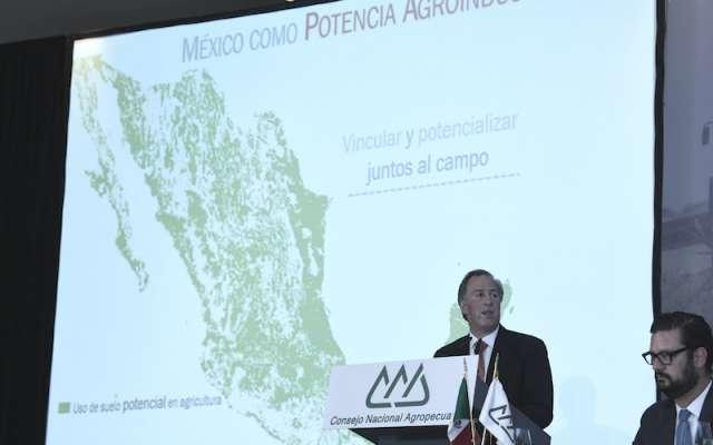 AMLO responde a señalamientos de Meade por agresión de CNTE en Oaxaca