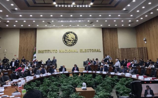 Candidato independiente a presidencia inicia campaña — México