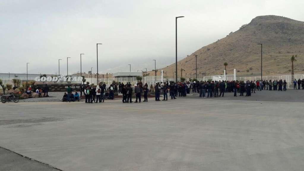 Trabajadores de Goodyear se van a paro en SLP