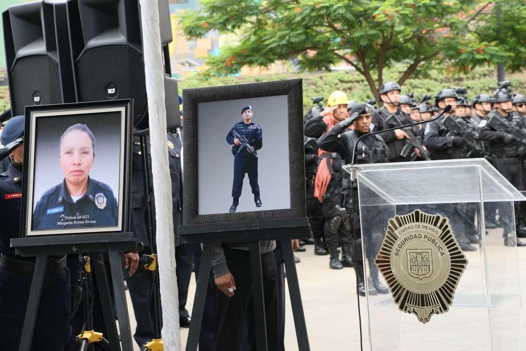 Prometen justicia por policías caídos