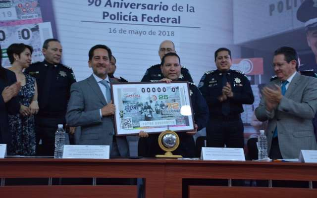 Lotenal realiza sorteo especial por aniversario de la Policía Federal