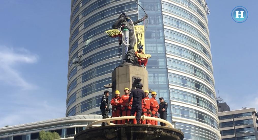 Greenpeace le pone máscara y tanque de oxígeno a la Diana