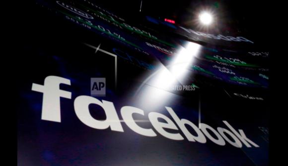 Facebook hizo públicas algunas publicaciones privadas