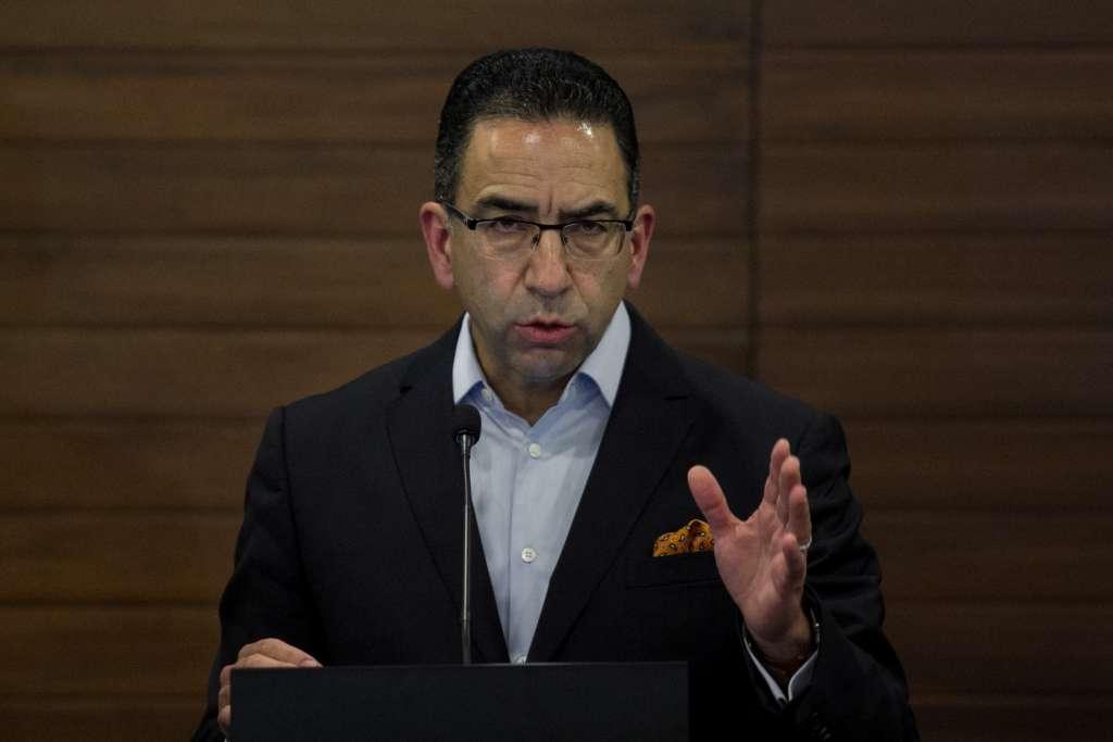 Sancionan a Javier Lozano por tuit discriminatorio contra adultos mayores