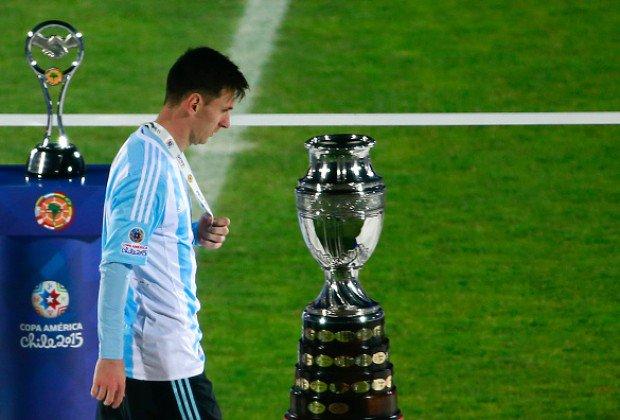 Cristiano y Messi protagonizan memes tras dejar #Rusia2018