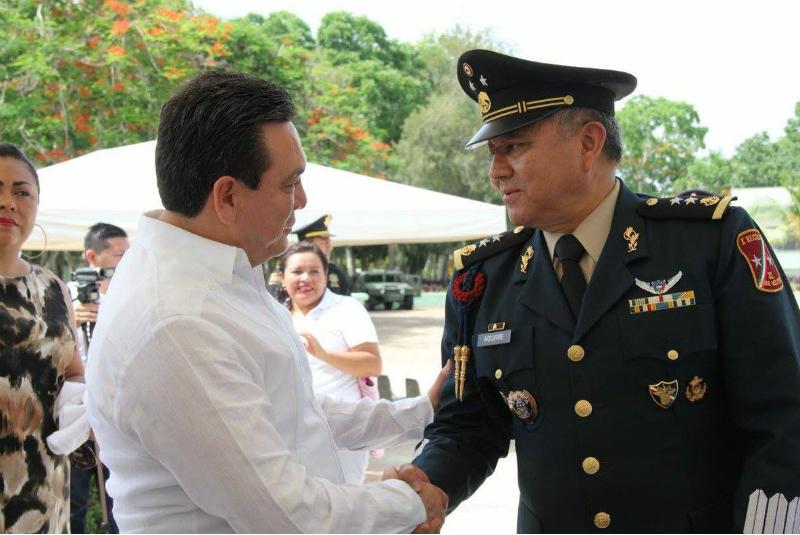 El General de Brigada, Andrés Fernando Aguirre O. Sunza, asume mando de la 32 Zona Militar