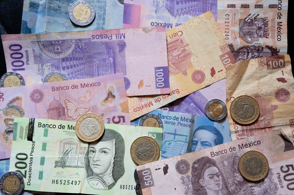 El peso pierde 1.08% en la primera mitad del año; mercados atentos a elecciones