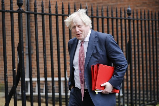 El popular euroescéptico ha dicho que sacará a Reino Unido de la UE aunque no haya un acuerdo con Bruselas. FOTO: AFP