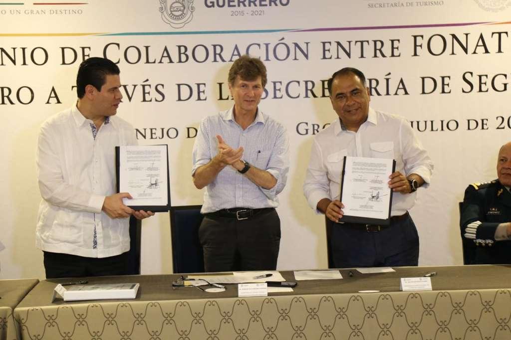 Guerrero y Fonatur firman convenio para mayor seguridad a turistas