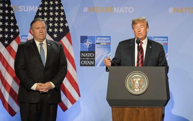 En la foto Mike Pompeo y Donald Trump (EFE)