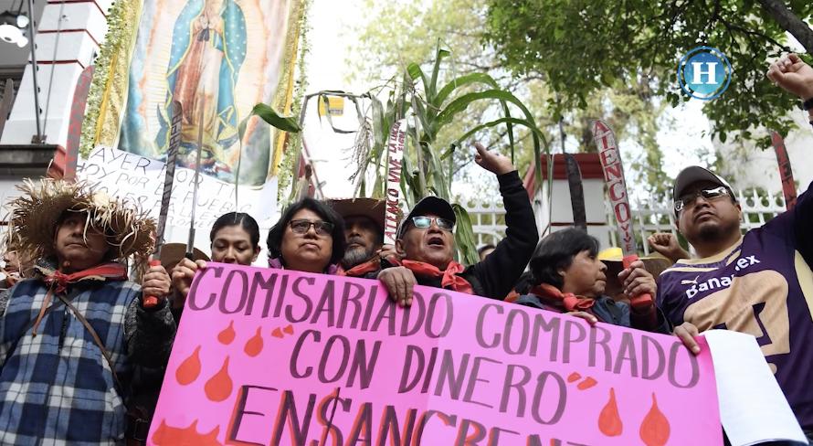 Campesinos piden a AMLO detener obras del NAICM