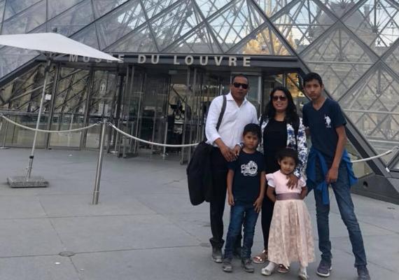 Alcalde reelecto de Querétaro presume viaje por Europa en compañía de su familia