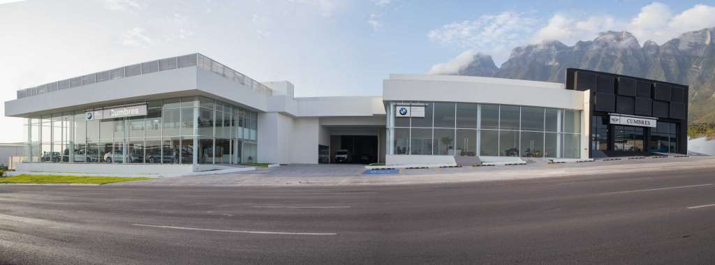 BMW alcanza tres distribuidores en NL