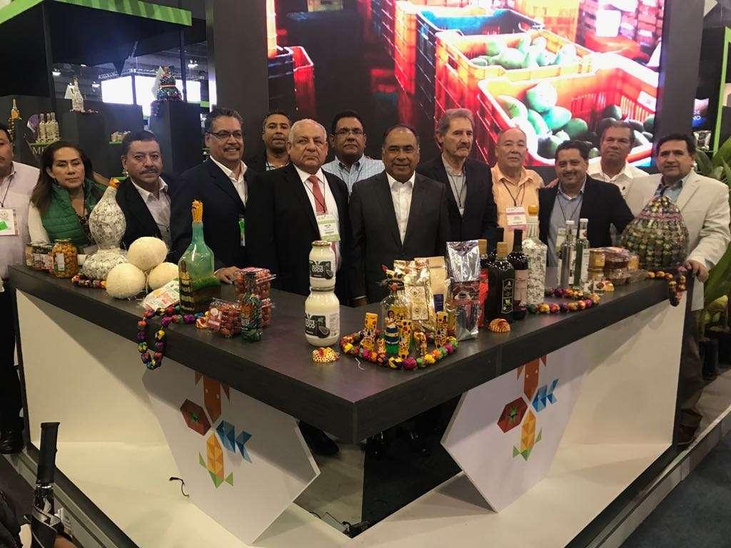 Los expositores guerrerenses estarán reunidos en el stand representativo de Guerrero y en este participan 12 sistemas-producto como el agave-mezcal, aguacate, café, coco, jamaica, guayaba, plátano, tilapia