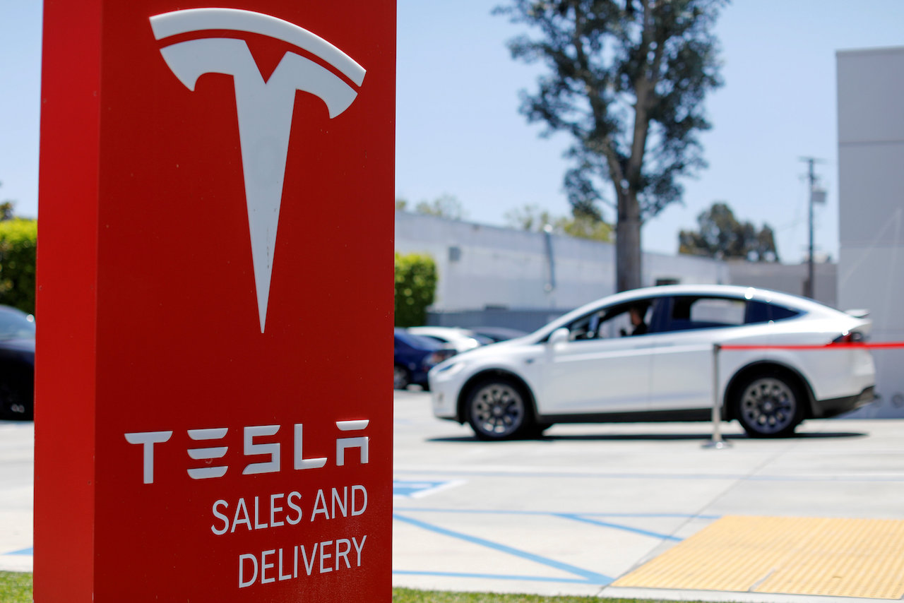 Esto es lo que pasa cuando el fundador de Tesla, Elon Musk, decide salir de la Bolsa