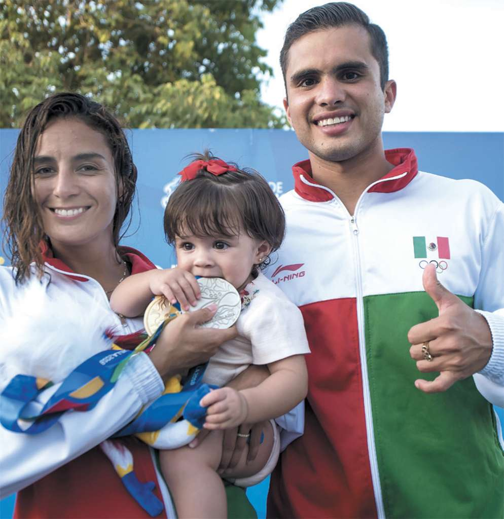 Paola, Ivana e Iván, en Barranquilla, Colombia. Foto: MEXSPORT