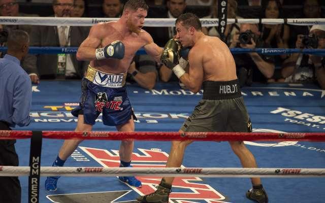 Álvarez no sube a un ring desde el 16 de septiembre del año pasado (Foto: AP)