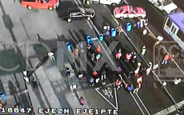 Liberan vialidad Eje 2 Norte y Prolongación Guerrero bloqueada por manifestantes. Foto C5