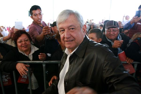 Al participar en el Quinto Consejo Nacional Extraordinario de Morena, en el Deportivo Reynosa, agradeció a todos los militantes por su comportamiento ejemplar durante los comicios . FOTO: NOTIMEX