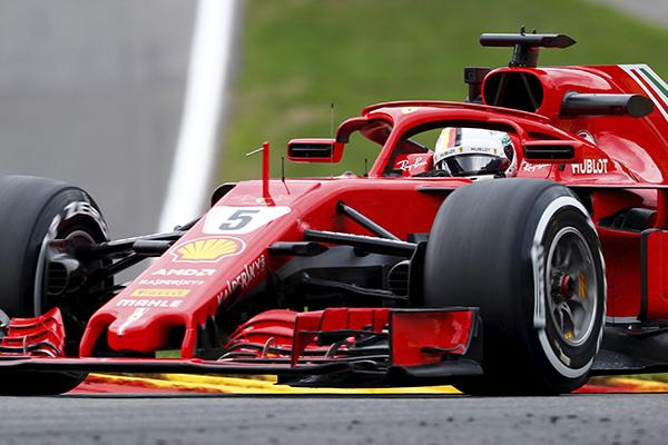 Se espera que la Scuderia se imponga a Mercedes. FOTO: REUTERS