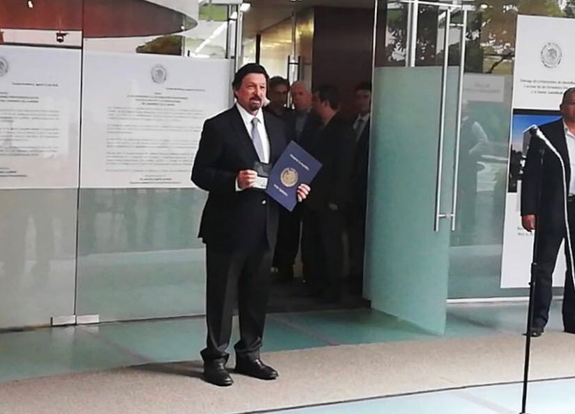 Gómez Urrutiabuscará presidir la Comisión de Economía del Senado de la República en la LXIV Legislatura, adelantó en días recientes el también próximo legislador, Armando Guadiana Tijerina