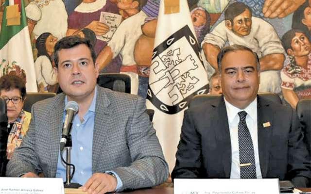 Amieva, acompañado de Raymundo Collins, titular de la SSP, definió el protocolo. FOTO: ESPECIAL