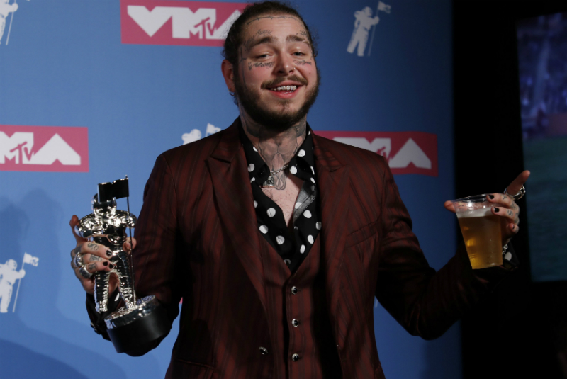 Post Malone participó este lunes en los premios MTV VMA en Nueva York, y fue el propio artista quien confirmó en las redes sociales el incidente