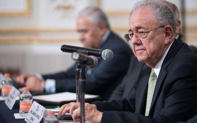 Javier Jiménez Espriú, propuesto como secretario de Comunicaciones y Transportes en el próximo gobierno sostuvo un encuentro con la Academia de Ingeniería de México, en donde presentó el dictamen técnico del NAIM. FOTO: MISAEL VALTIERRA / CUARTOSCURO.COM