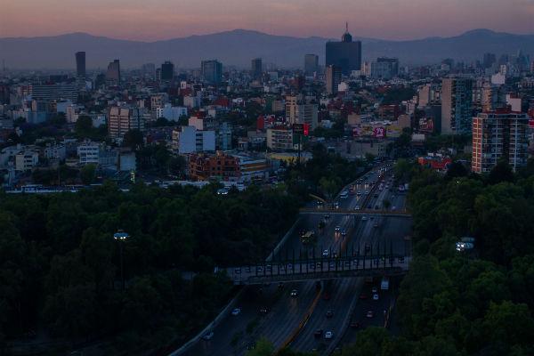 En diversas regiones del Estado de México, como Cuautitlán, se reportan 41 puntos, en Villa de las Flores 35, en Tultitlán 13, en San Agustín 26, en Xalostoc 14, y en Los Laureles 11 unidades del mismo contaminante. FOTO: CUARTOSCURO