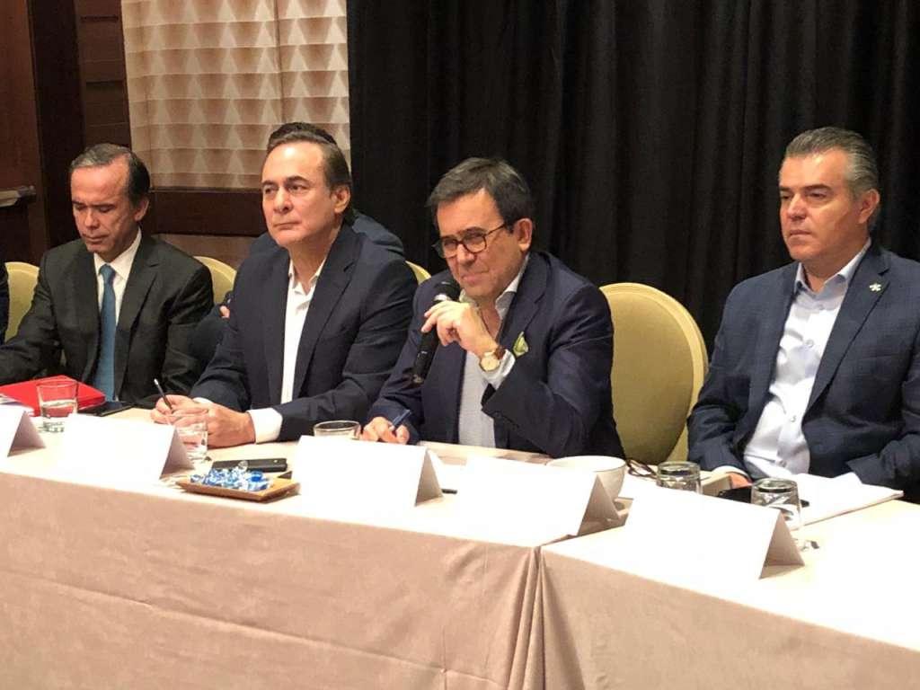 Los empresarios mexicanos consideraron como positivos los pasos dados por Estados Unidos (Foto: Especial)