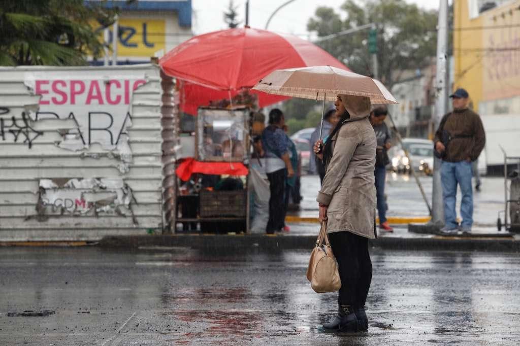 La tarde de este domingo hay lluvia, de ligera a moderada, en por lo menos 10 delegaciones. Foto: Archivo: Heraldo de México
