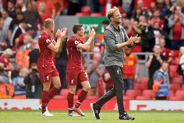 Con su goleada el Liverpool se sitúa líder de la Premier. FOTO: AFP