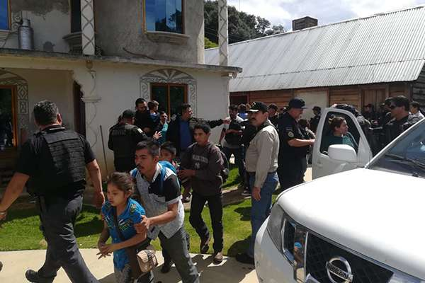 En un operativo en el que participaron policías federales y estatales se rescató a 22 migrantes secuestrados. FOTO: ESPECIAL