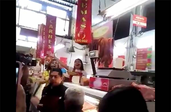 Este fin de semana el Mercado Hidalgo se empapó de ópera. FOTO: ESPECIAL