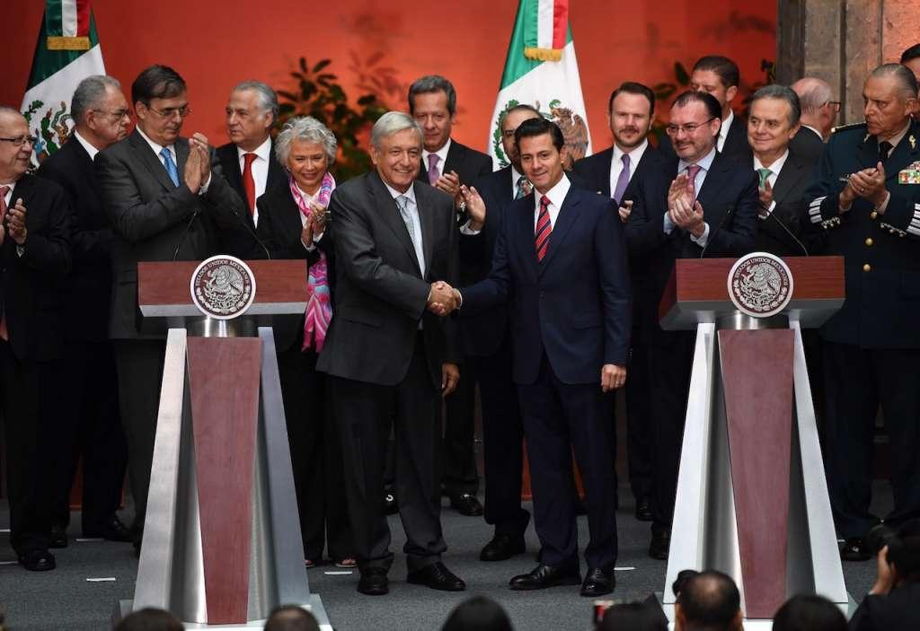 Reunión entre los Gabinetes del Presidente Enrique Peña Nieto y el Presidente Electo Andrés Manuel López Obrador en Palacio Nacional. Foto: Pablo Salazar / Heraldo de México