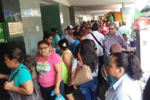 En Acapulco, la Clínica 9 del IMSS evacuó por el sismo. FOTO: ESPECIAL