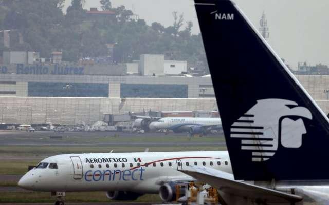 Aviones de Aeroméxico en el AICM. Foto: Reuters.