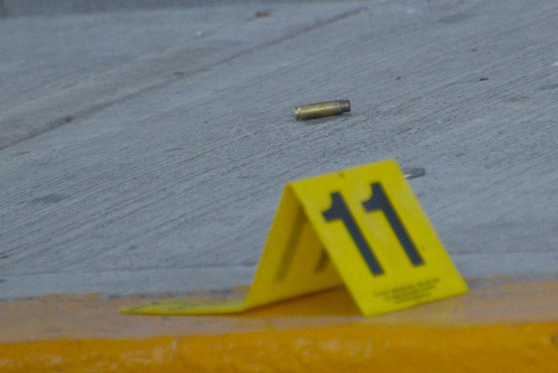 El suceso se registró poco antes de las 4 de la madrugada cuando el Ministerio Público tomó conocimiento del fallecimiento de un menor de dos años por herida de arma de fuego