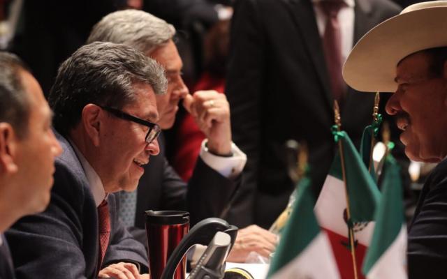 Desaparece en Senado fondo  de 50 mdp para damnificados del sismo. Foto: @RicardoMonrealA.