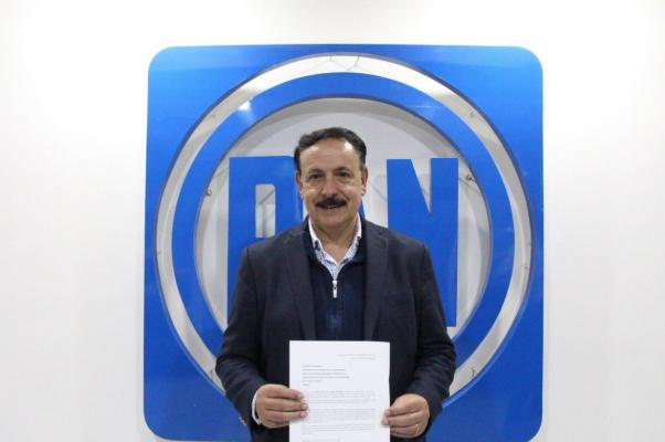 José Luis Durán se registra como candidato a la dirigencia del PAN en Edomex