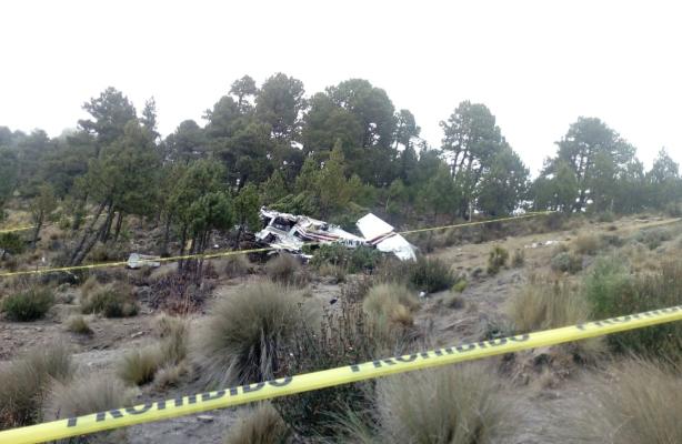El desplome se dio en la zona montañosa limítrofe entre Veracruz y Puebla. FOTO: @PC_Estatal