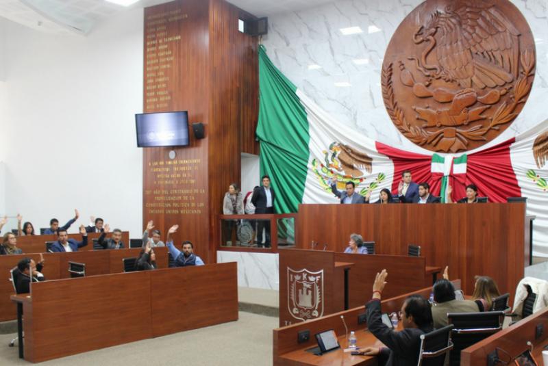 El Congreso de Tlaxcala, integrado mayoritariamente por diputados de oposición al partido en el gobierno, advirtió a través de su representante legal que vigilarán la transparencia del proceso de licitación