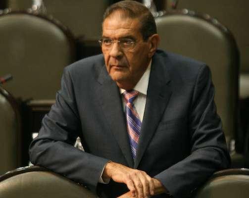 Javier Bernado Usabiaga Arroyo , cuando era  diputado del PAN, durante la sesión en la Cámara de Diputados. ARCHIVO FOTO: GUILLERMO PEREA/CUARTOSCURO.COM